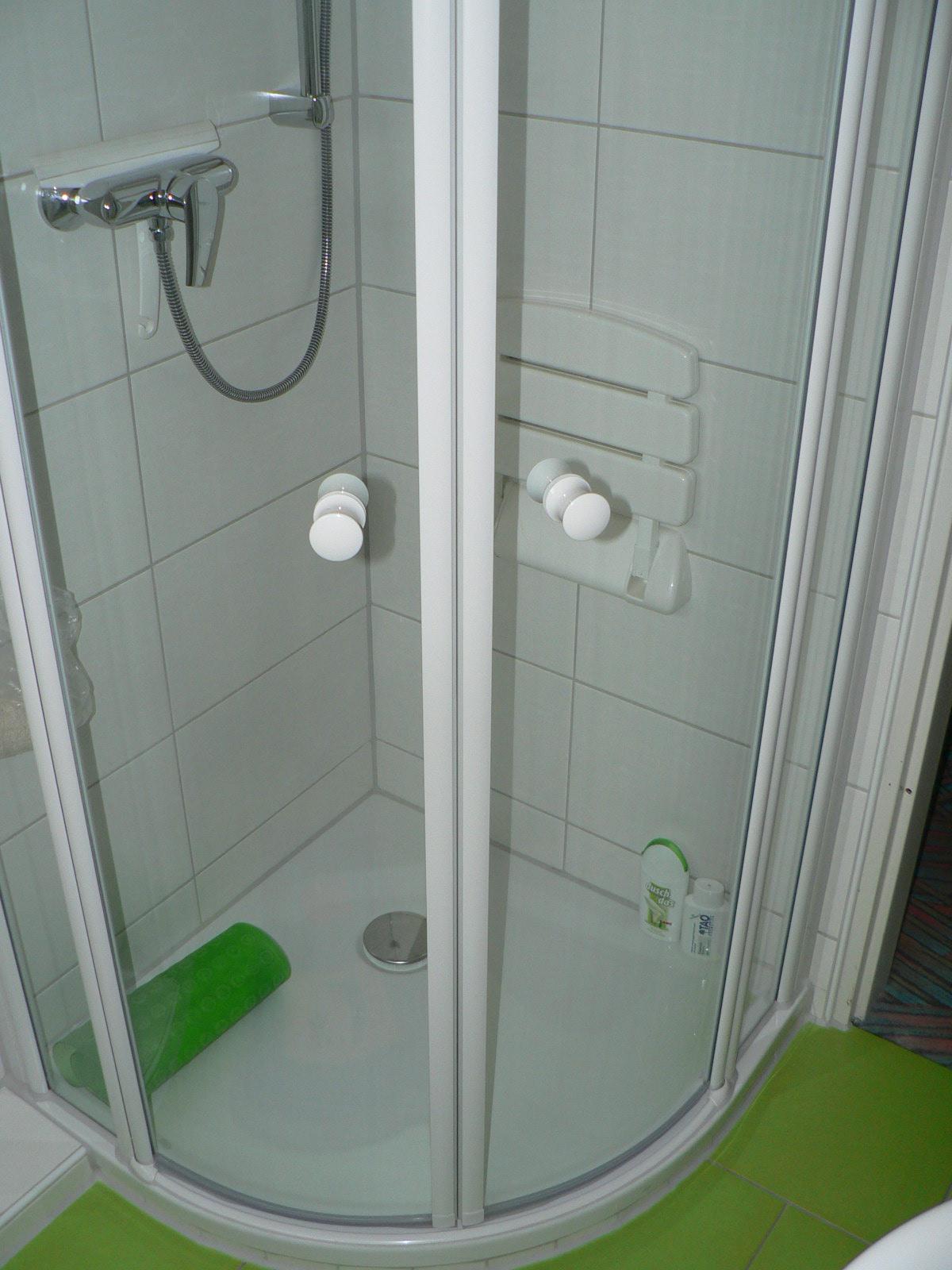 Gerd Nolte Heizung  Sanitr  Gste WC mit RundDusche