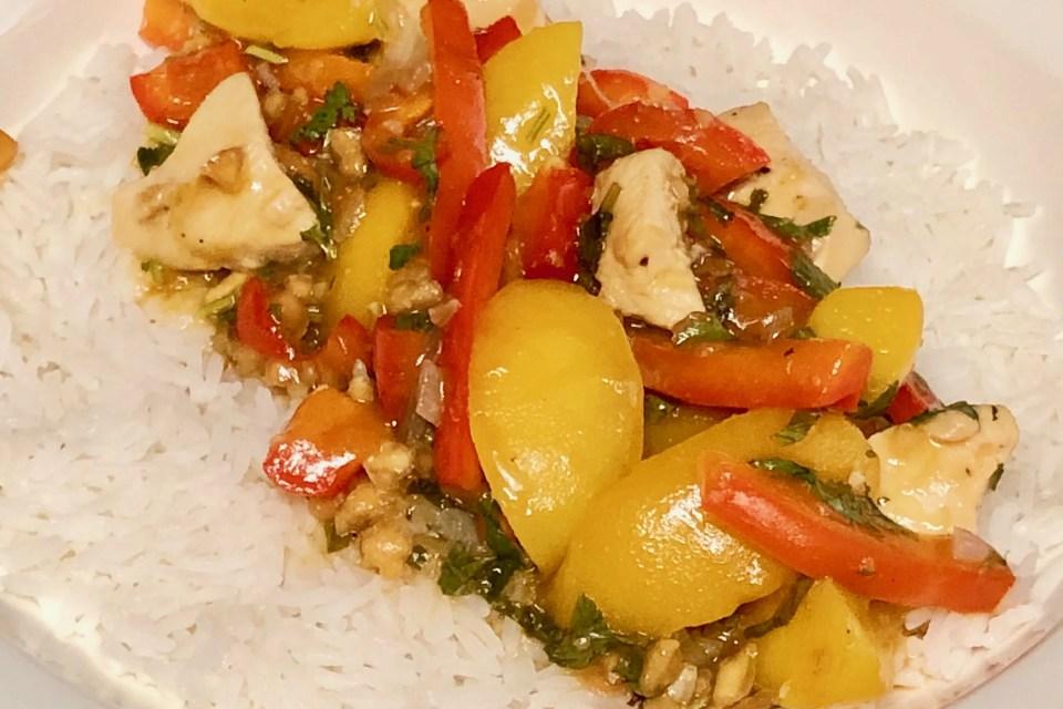 Thaise zoetzure kip met perzik
