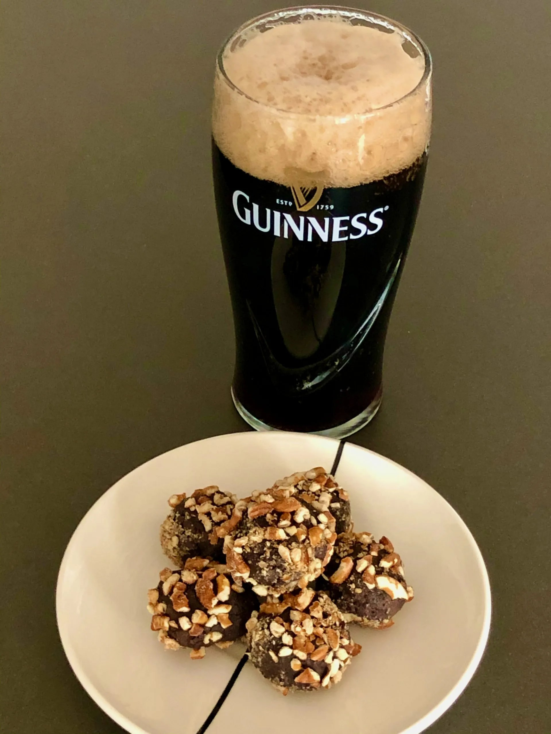 St. Patricks's Day breakfast with Guinness and truffels