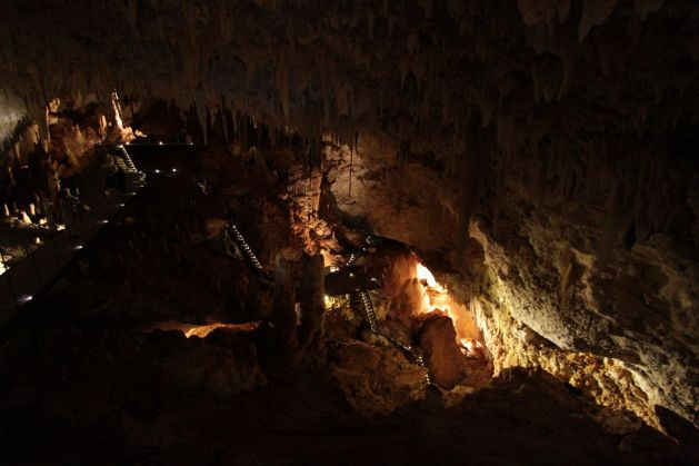 cave05