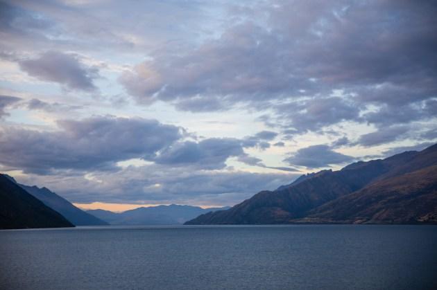Lake Wakatipu am Abend
