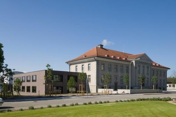 Resultado de imagen de Bezirksgericht Bülach