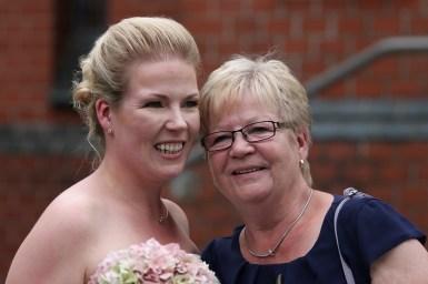 Mom und Braut (Large)