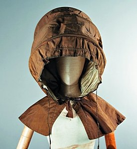 Calash Bonnet: Large Calash of 1770, 1770s, with Fan-shaped Pleating and Ribbons on Either Side
