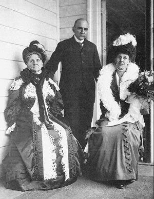 Hetty Green with daughter Sylvia and her husband, Matthew Astor Wilks