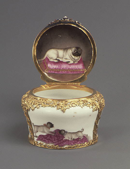 pug collectibles and trinkets