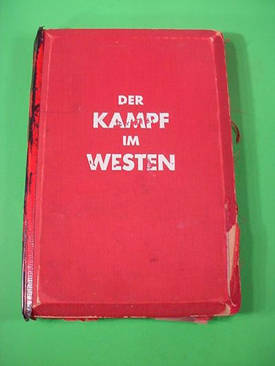 3-D Kampf in Westen Book