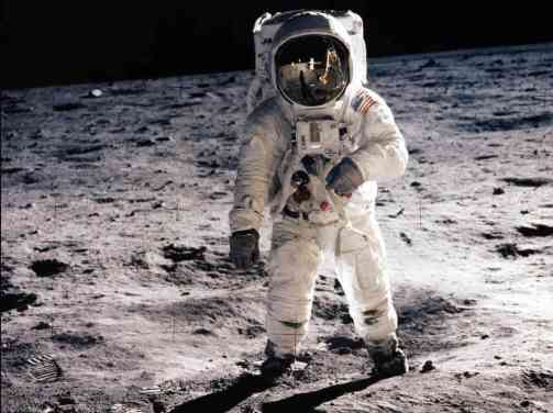 astronaut and germanna descendant buzz aldrin on the moon