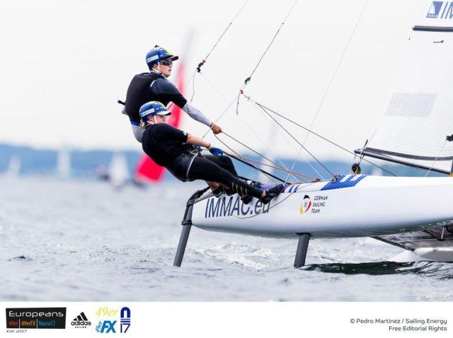 Paul Kohlhoff segelt bei der Nacra 17-EM mit Alica Stuhlemmer. Foto: Pedro Martinez/Sailing Energy
