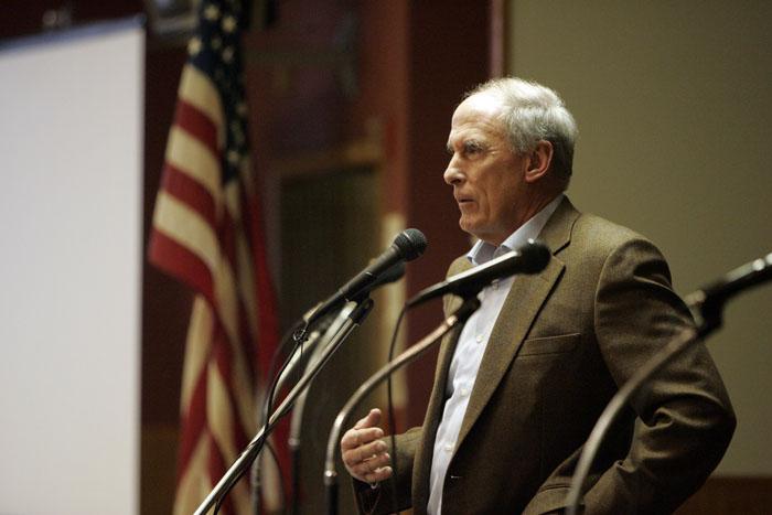 Former U.S. Senator Dan Coats speaks during the debate. (C-T photo Max Gersh) ©2010