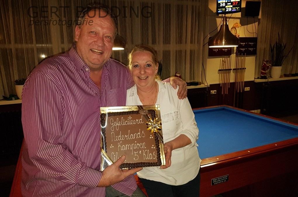 Biljart Centrum Renkum feliciteert Nederlands kampioen libre vijfde klasse Yvonne van der Zee