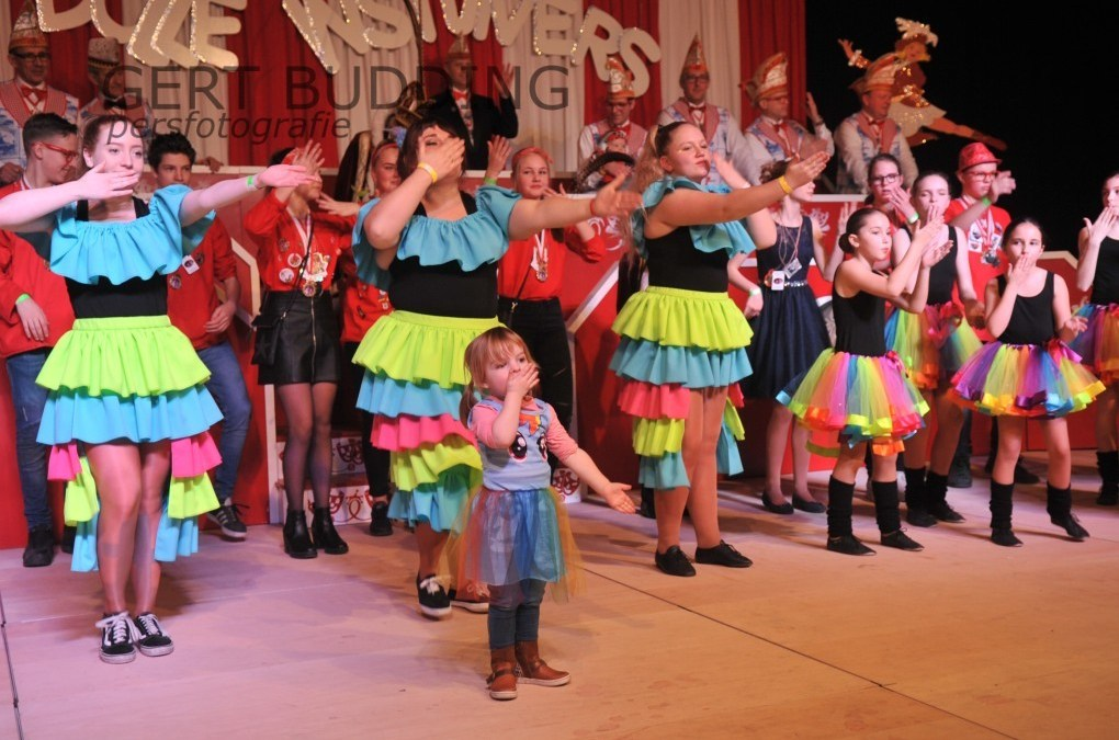 Kindercarnaval De Dolle Instuivers is genieten voor ouders