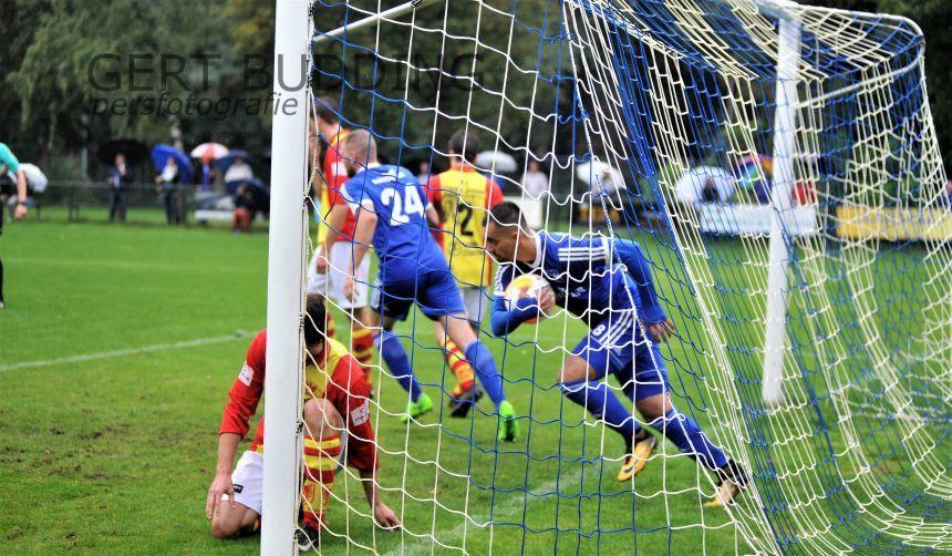 Duno wint in bizare wedstrijd met 5-4 van Apeldoorn