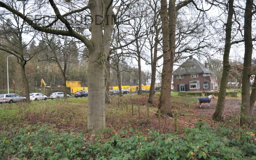Enorme drukte bij afvalbreng station ACV Groep Veentjesbrug in Heelsum