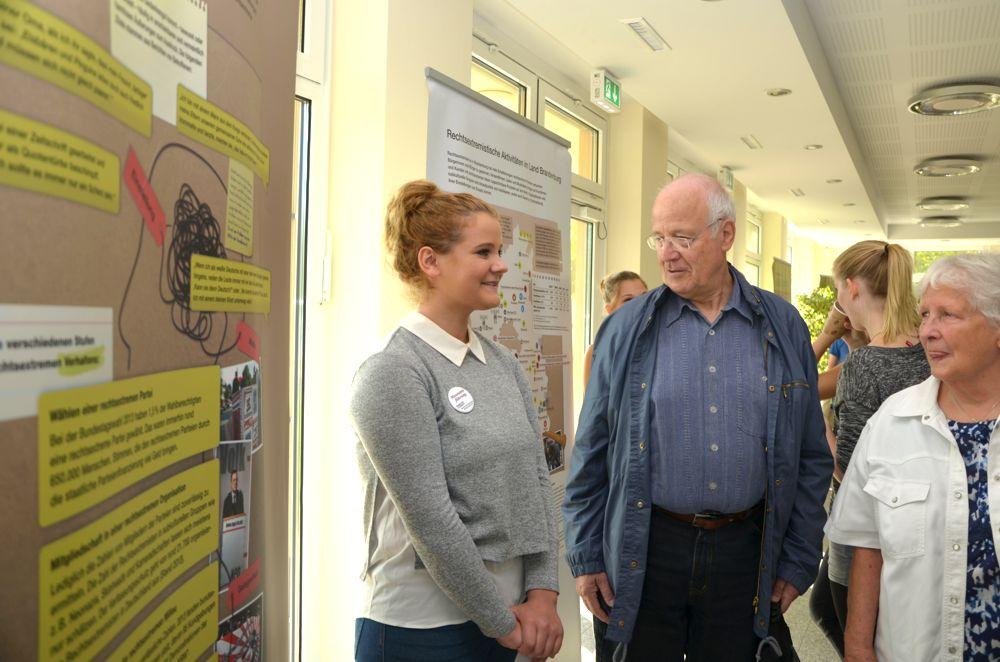 GSP_Ausstellungseroeffnung Demokratie staerken_September 2015 (31)