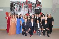 Gesamtschule Petershagen_Abschlussfeier Klasse 10 im SJ 2015-16_ Klasse 10c mit Frau Ahlers