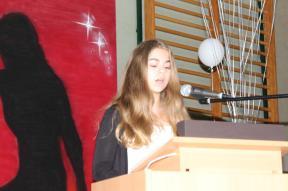 Gesamtschule Petershagen_Abschlussfeier Klasse 10 im SJ 2015-16_ Motto des Abends - Casino Royale_44