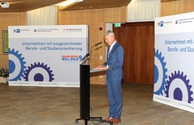Gesamtschule Petershagen_Auszeichnung Schule mit hervorragender Berufs- und Studienorientierung 2017 - 2021_1