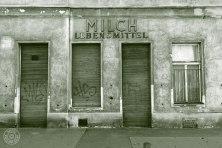 Milch Lebensmittel: 1140 Wien, Märzstraße 125