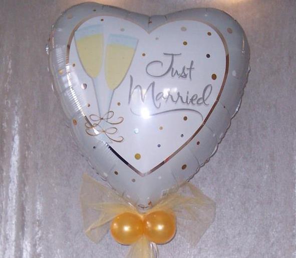 Dekorationen mit Luftballons zur Erffnung Ballondeko zur
