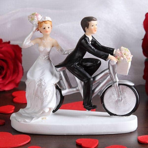 Brautpaarfigur auf silbernem Fahrrad  geschenkeonlinede