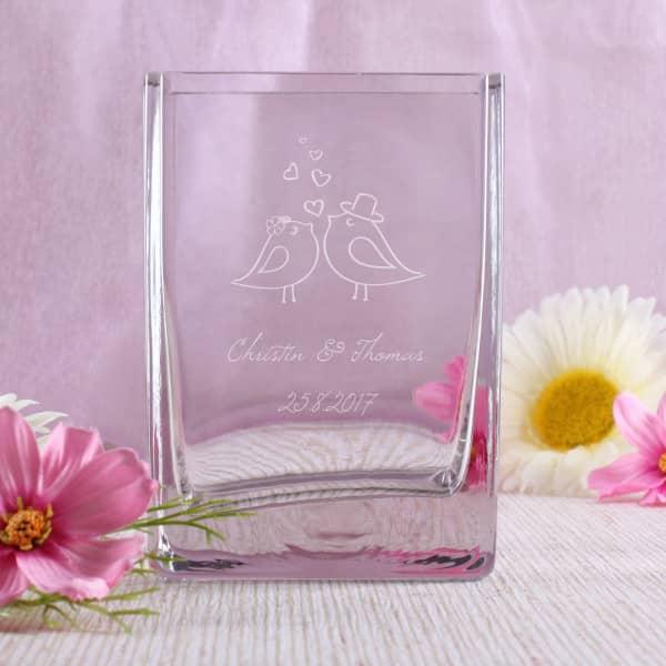 Glasvase zur Hochzeit personalisiert