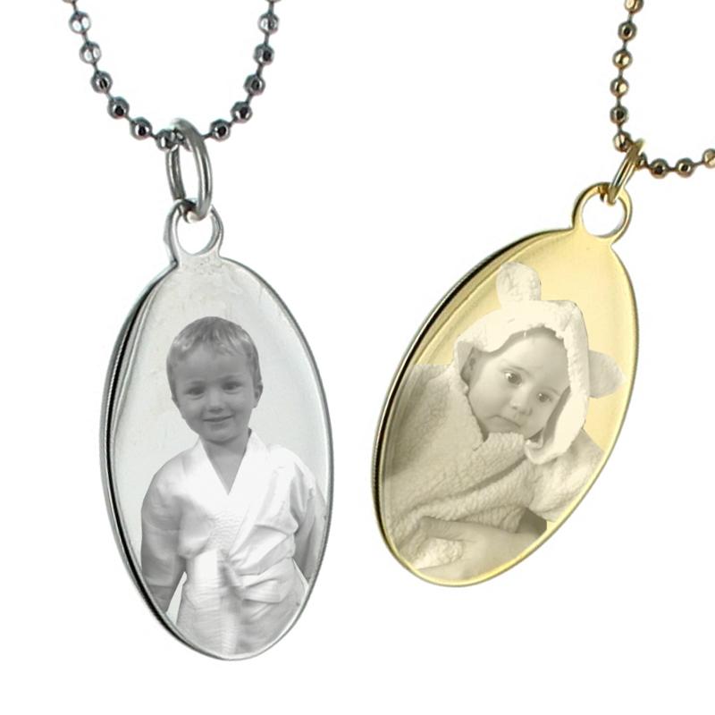 FotoAnhnger oval mit Gravur ein persnliches Geschenk