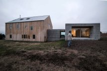 Modern Barn House In Sebastopol Anderson And