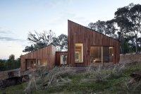 A Modern Wood House: Two Halves House