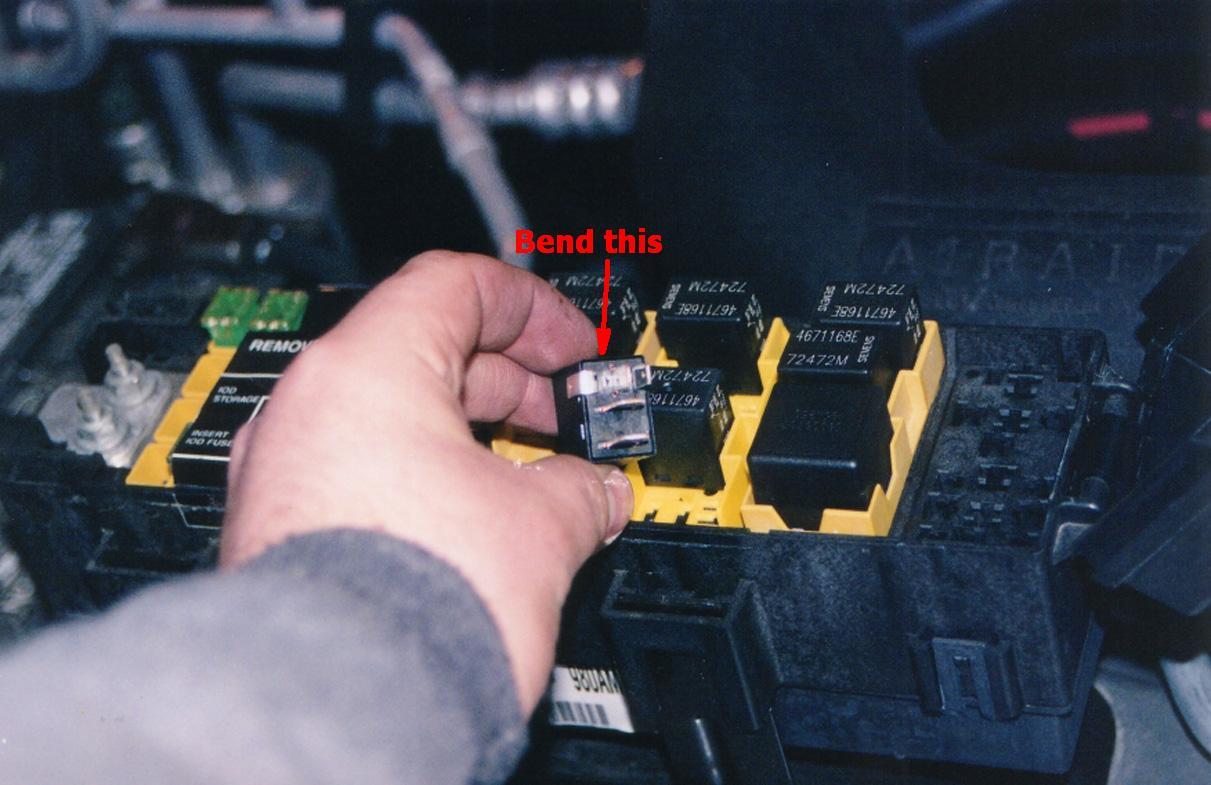 1999 jeep wrangler fuel filter location