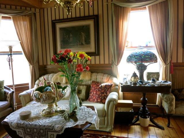 Smythe House Parlor, Saugerties NY