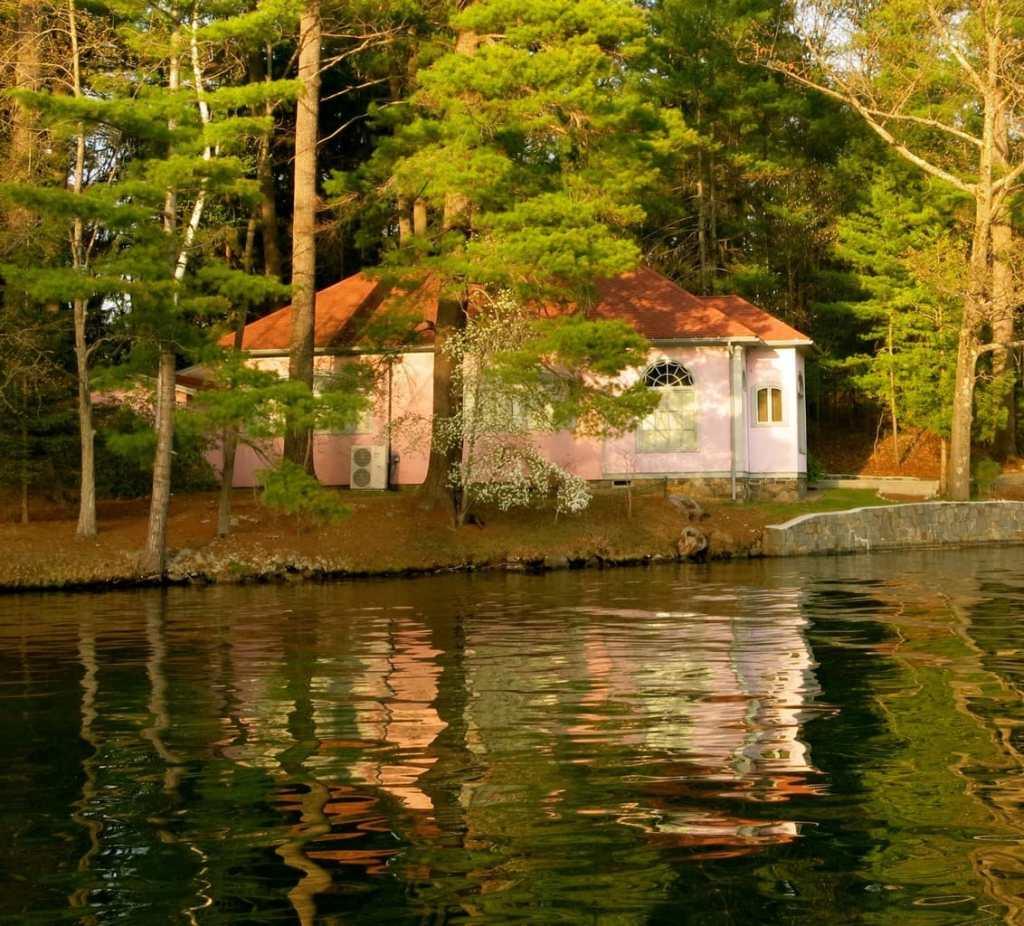 Opera Museum on Lake George