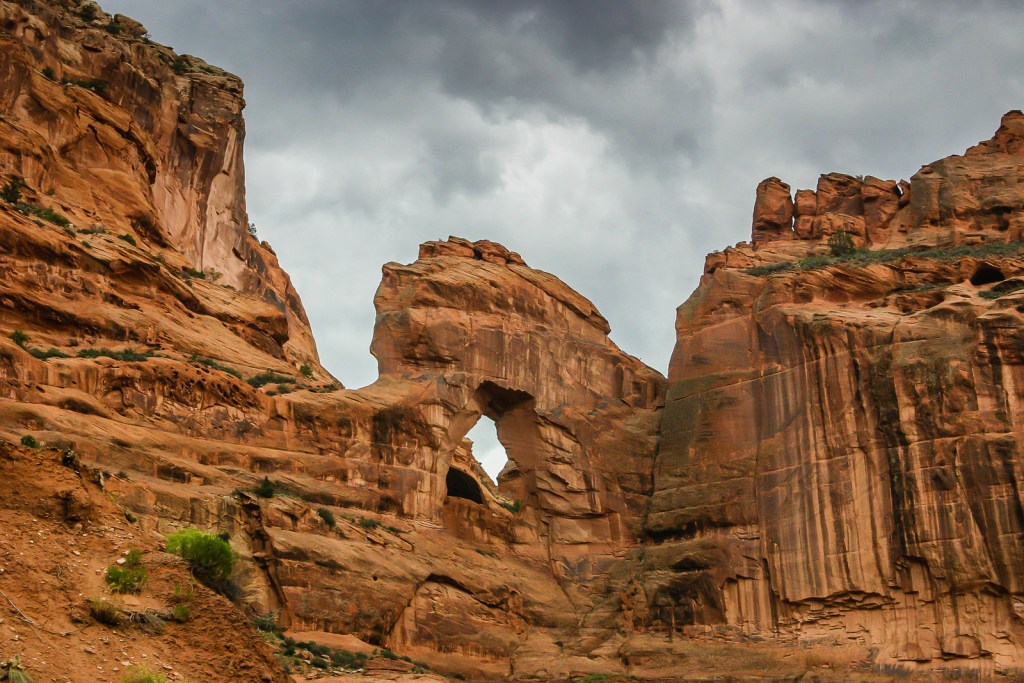 Arch and cliffs at Canyon de Chelly National Monument - Arizona