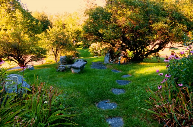 Adair Country Inn Garden, Bethlehem NH