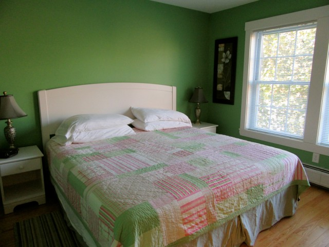 Room at Pleasant St. Inn, Waterville ME