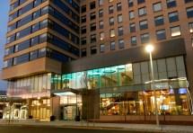 Seaport Aloft Boston Hotel