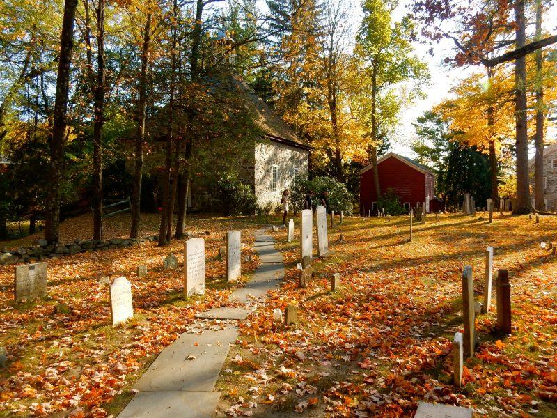 cemetery-historic-huguenot-street-new-paltz