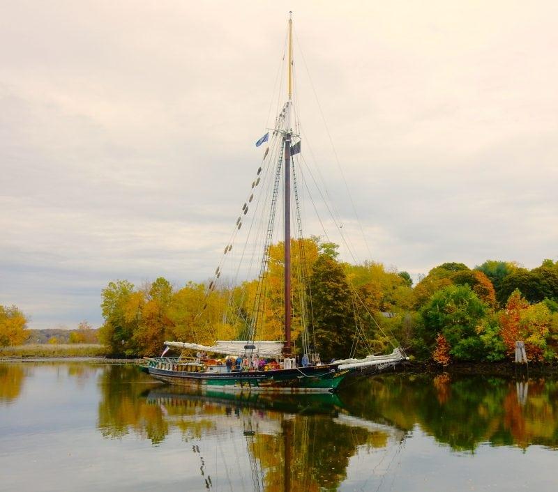 sloop-clearwater-hudson-maritime-museum-kingston-ny