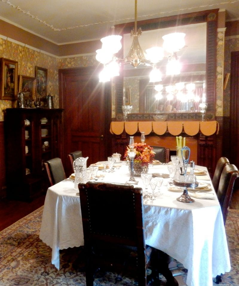 dining-table-with-celery-physick-estate-cape-may-nj
