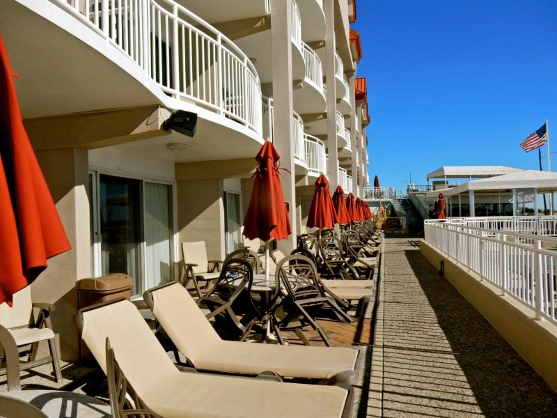 poolside-rooms-montreal-beach-resort-cape-may-nj