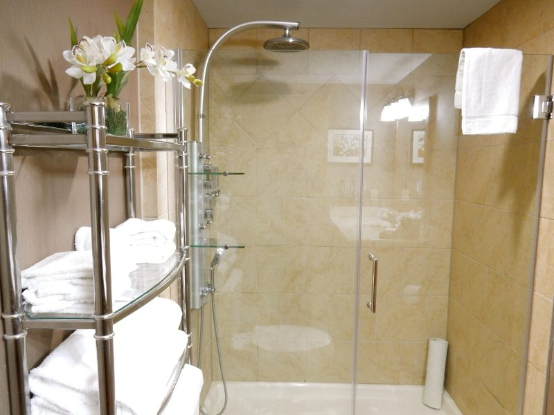 rain-shower-meridian-suite-montreal-beach-resort-cape-may-nj