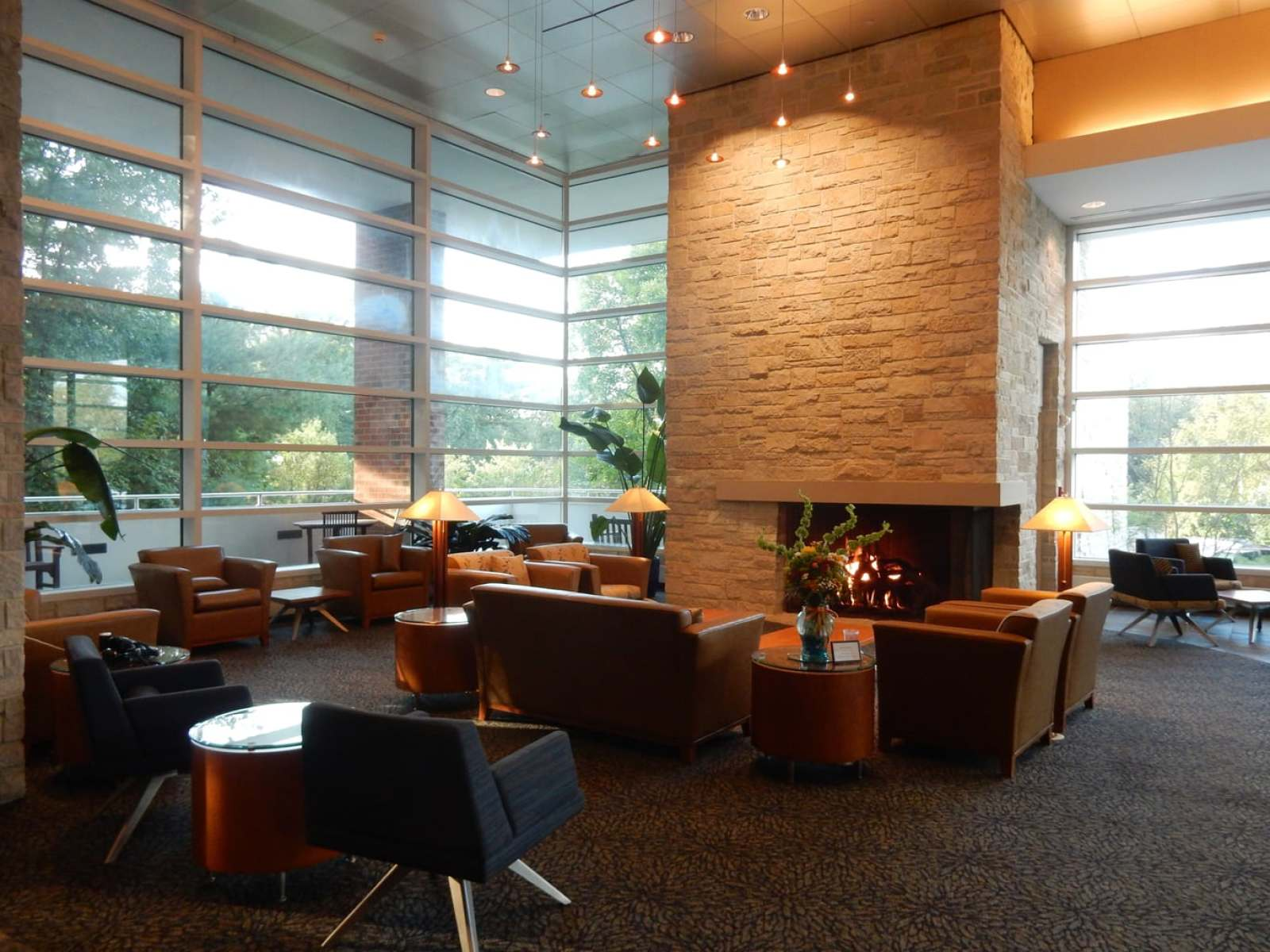 Lobby Penn Stater Hotel - State College PA