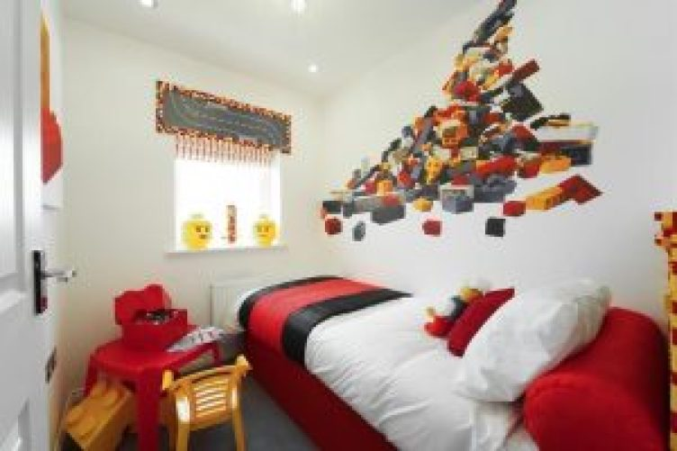 Unbeatable childrens curtains #kidsbedroomideas #kidsroomideas #littlegirlsbedroom