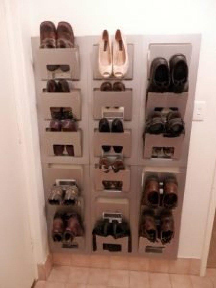Brilliant entryway shoe bench #shoestorageideas #shoerack #shoeorganizer