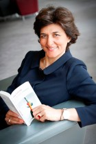 "Portrait of Sylvie GOULARD during the campaign ""Get caught reading"""