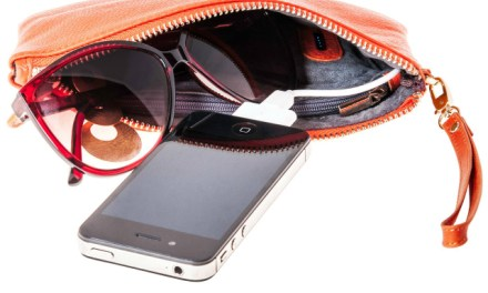 Mighty Purse – The Purse That Charges Your Phone