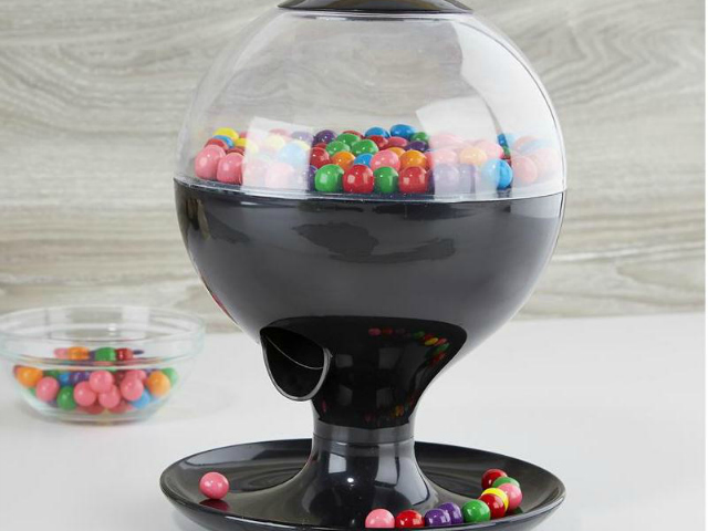 Motion Activated Candy Dispenser  GetdatGadget