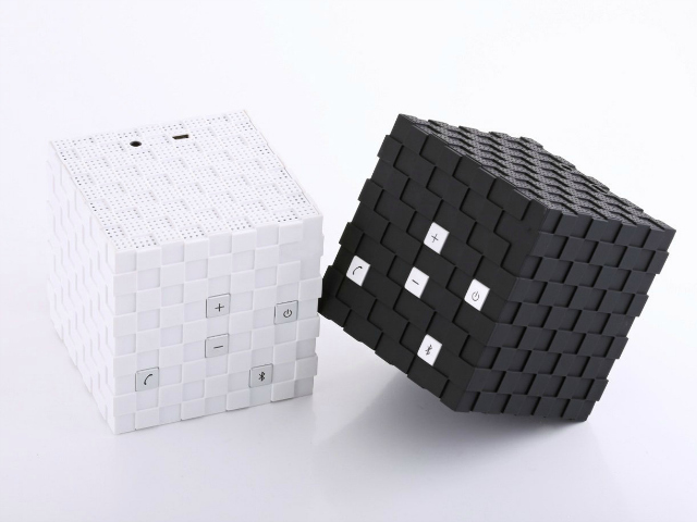 MOCREO Magic Cube Portable Bluetooth Speaker