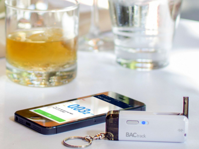BACtrack Vio Keychain Breathalyzer lets you Drink Responsibly