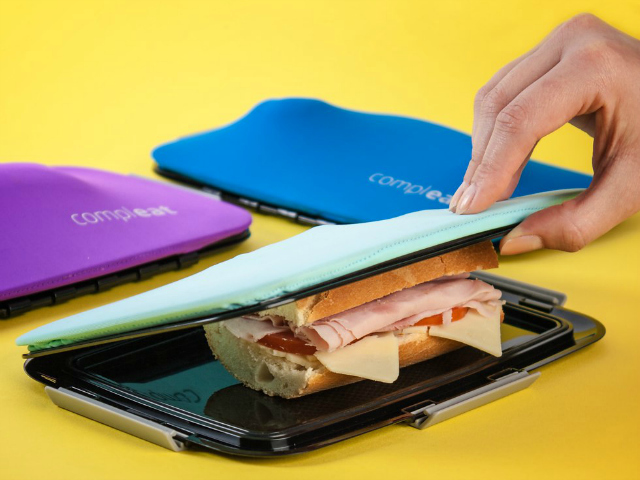 FoodSkin Flexible Lunchbox Holds Your Sandwich Together